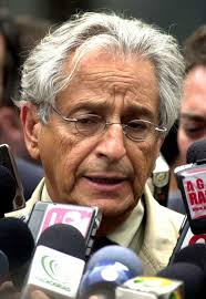 http://tbn0.google.com/images?q=tbn:-Z76z1vQcLMpMM:http://valdirmatiasjr.org/wp-content/uploads/2008/02/fernando_gabeira.jpg