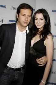 Boyfriend: Anne Hathaway