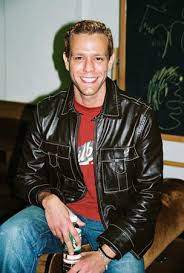 re: The Official Adam Pascal Love Thread, Part 13!