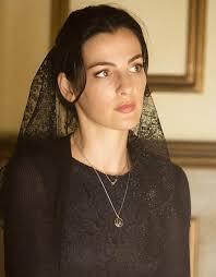 are a Damiani pendant from - ayelet-zurer-damianissima-p