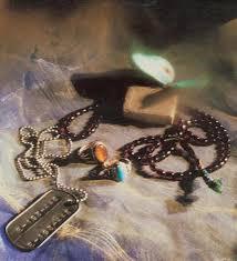 ام عطیه - به روز رسانی :  12:48 ع 87/7/19 عنوان آخرین نوشته : حرفهایی برای ماندن در دامن شیطان