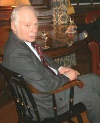 استیون واینبرگ(۳ مه ۱۹۳۳) فیزیکدان آمریکایی