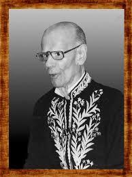 Abgar de Castro Araújo Renault (Barbacena, 15 de abril de 1901 — Rio de Janeiro, 31 de dezembro de 1995) foi um professor, educador, politico, poeta, ensaista e tradutor brasileiro. Ocupou a cadeira número 12 da Academia Brasileira de Letras e a cadeira número 3 da Academia Brasileira de Filologia.