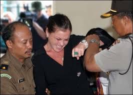 http://tbn0.google.com/images?q=tbn:FCYWYDSKxkbxiM:http://www.thestandard.com.hk/stdn/std/World/images/indo0528.jpg