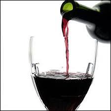 http://tbn0.google.com/images?q=tbn:FwKcUiNMp08J::www.topnews.in/health/files/Red-Wine.jpg