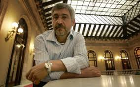 Antonio Robles en el Parlament de Cataluña