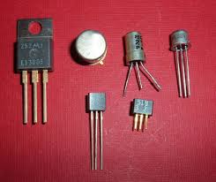 715px-Transistors.agr.jpg