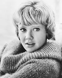 hayley mills | biography (b. - hayley_mills_gallery_1