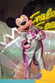 http://tbn0.google.com/images?q=tbn:Jp5w-UUXoV2zLM:http://www.photoway.com/images/floride/USFL98_019c-mickey-mouse.jpg