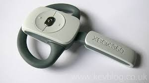 http://tbn0.google.com/images?q=tbn:NdyHPwPeJ_-XwM:http://www.kevblog.co.uk/blog/54/xbox360_wireless_headset_1.jpg