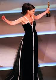 Julia Roberts Accepting Oscar Statue in 2001
