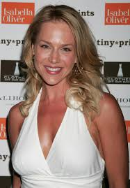 Julie Benz - Clothes Off Our - julie-benz-clothes-off-our-back-foundation-charity-event-hq-01-1500