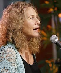 Carole King will join James