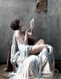 Ziegfeld Girl Billie Dove