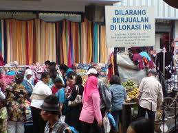 "The image ""http://tbn0.google.com/images?q=tbn:Rc28Zib7evKkoM:http://media-cdn.tripadvisor.com/media/photo-s/01/0a/bc/3e/pasar-baru-bandung.jpg"" cannot be displayed, because it contains errors."