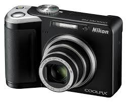 nikon p60 3q Nikon CoolPix P60 8MP Digital Camera   $100 Shipped