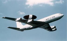 La base 112, peut-être sauvée par la nouvelle guerre froide... ou par Singapour Awacs_otan