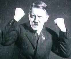 德軍醫驚語:希特勒受傷失去一個睪丸