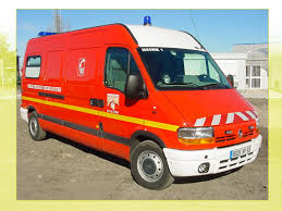 http://tbn0.google.com/images?q=tbn:TqQwrQInB4l6pM:http://www.sdis63.fr/images/VSAV-2003.jpg
