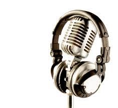 microphone and headphone: Microphone and headphones