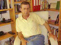 El sòlid candidat per UPyD a les europees, Francisco Sosa Wagner, podría ser-ho amb el recolçament de C's