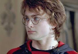 http://tbn0.google.com/images?q=tbn:VzVzeD3Xg2yZ9M:http://www.supanet.com/media/00/05/15/Daniel-Radcliffe-as-Harry-P.jpg