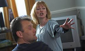 and Sue (Claire Skinner). - 300outnumbered