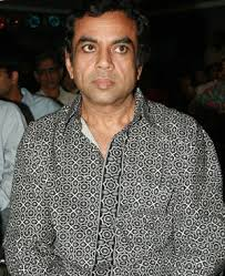 Paresh Rawal may be coming across as a spoilt dad in Priyadarshan\x26#39;s Mere ... - 14690660_Paresh-Rawal