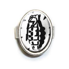 grenade-ring