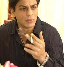 Shah Rukh Khan to Quit Smoking - shah-rukh-khan-smoking1