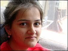Basma Khan. Basma says the militants are tarnishing Pakistan\x26#39;s image - _46567299_basma_khan226