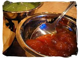 corom chatni (fresh mango chutney with hot chili)