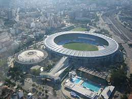 http://tbn0.google.com/images?q=tbn:bYTUlIYuen5EQM:http://newsfut.files.wordpress.com/2007/10/maracana-soccer-stadium1.jpg