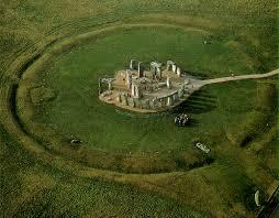 http://witcombe.sbc.edu/sacredplaces/stonehenge.html