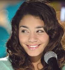 high-school-musical-hudgens2