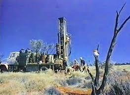 http://tbn0.google.com/images?q=tbn:fnmugtlX8Xz50M:http://www.reflections.com.au/MiningandExploration/ExplorationNews/DrillingRig.jpg