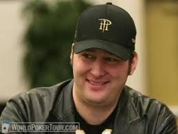... which is good for Phil Hellmuth and the folks at Cereus, ... - Phil-Hellmuth-122908L