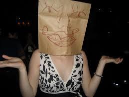 http://tbn0.google.com/images?q=tbn:j440iebcz_WTLM:http://uartsjournals.com/2007_danielle/wp-content/uploads/2007/10/danielle-with-bag-head.jpg