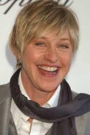 Ellen DeGeneres and Portia de - ellen-degeneres-awi8