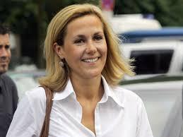 Bettina Wulff: Unsere junge, schöne First Lady - 1100047644-bettina-wulff-unsere-junge-schoene-first-lady.9