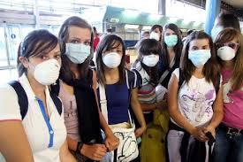 20090725 influenza a fiumicino Influenza A, Gelmini: «Al momento non è previsto nessun rinvio dell'apertura dell'anno scolastico