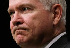 Adviser suggests Robert Gates might stay in Obama admin
