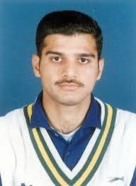 Faisal Javed - Portrait 2003 - 041700