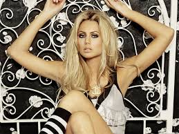 http://tbn0.google.com/images?q=tbn:ohZgFqkFxZyvmM:http://i202.photobucket.com/albums/aa95/arsproductions/stacy-keibler-1024x768-25451.jpg