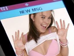 Sexting - ZGeek Image Gallery