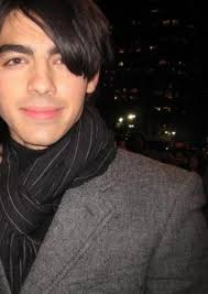 Joe Jonas beard is still here - 3158057153_1d3522a04c