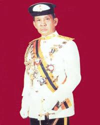 http://pmr.penerangan.gov.my/page.cfm?name=SenaraiSultan