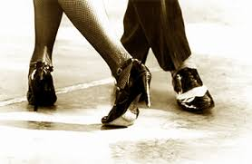 http://tbn0.google.com/images?q=tbn:sLH0vQpxdSU6WM:http://i1.trekearth.com/photos/7345/tango_foot.jpg