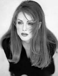 Julianne Moore - Photos of - julianne-moore-20041206-16793
