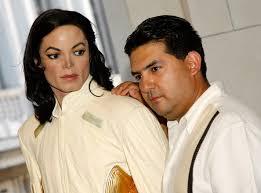 Alex Aguilar Alex Aguilar of - Michael+Jackson+Dies+Los+Angeles+pxOu-bC5xO_l
